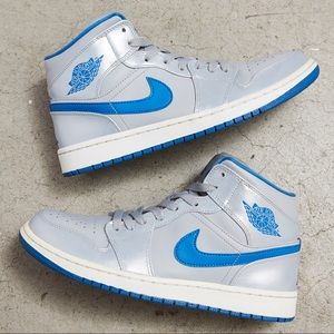 Nike Air Jordan 1 Mid 'Wolf Grey/Sport Blue'